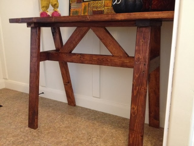 2×4 Entry Way Table
