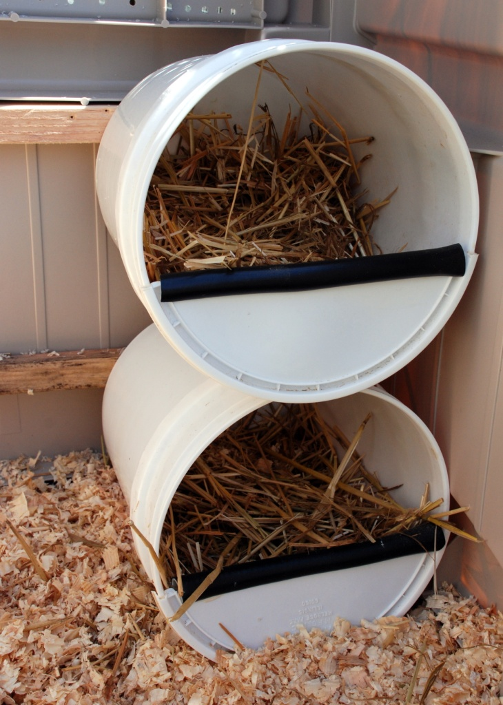 5-Gallon Bucket Nesting Boxes