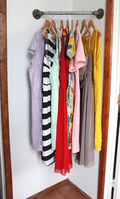 DIY Corner Clothes Rack