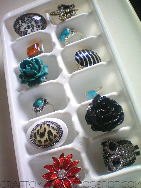 Ice cube trays are great for sorting jewelry, especially earrings
