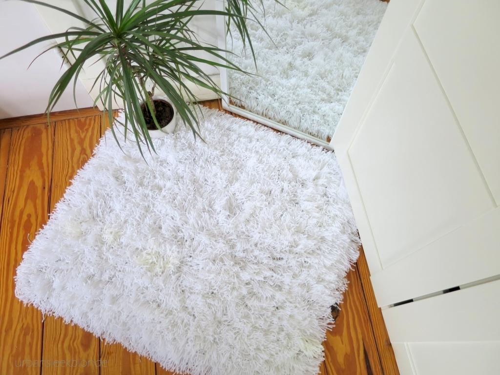 Fluffy Yarn Rug