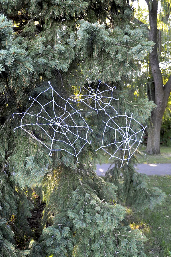 Yarn Spiderwebs