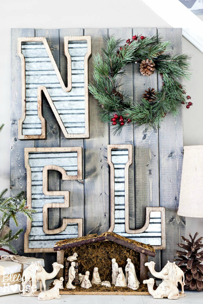 Metal and Wood NOEL Christmas Sign