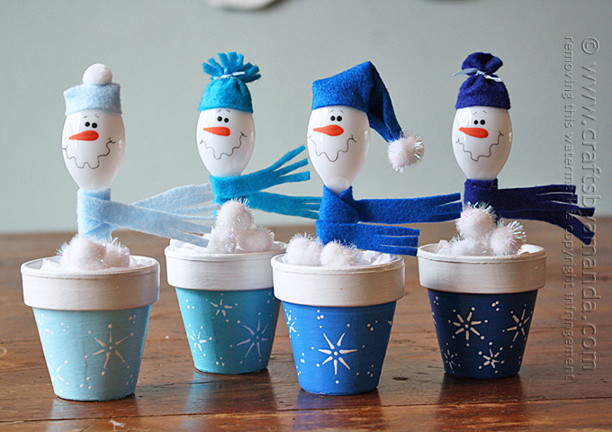 Plastic Spoon Snowmen in Clay Pots