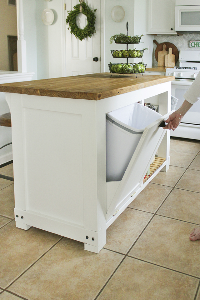 Pull-Out Trash Storage