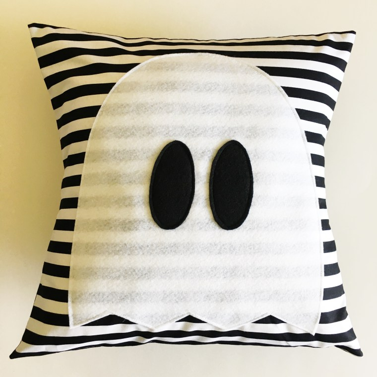 Halloween Ghost Pillow
