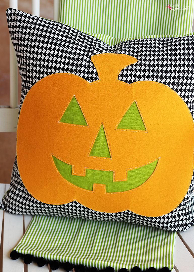 Jack-o-Lantern Halloween pillow