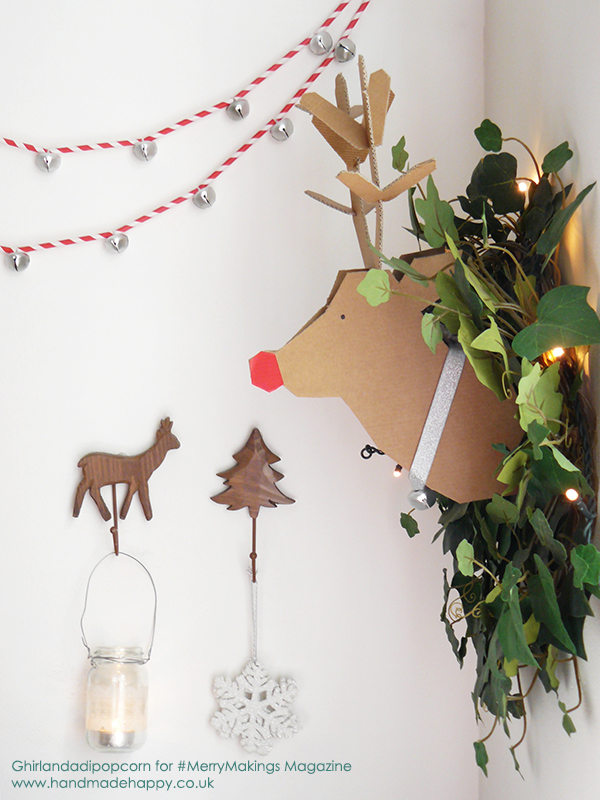 Jingle Bell and Straw Garland