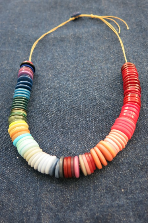 Ombre Button Necklace