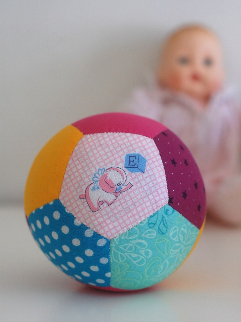 patchwork play ball