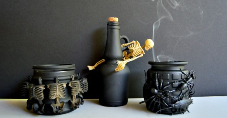 Dollar Store Halloween Potion Bottles