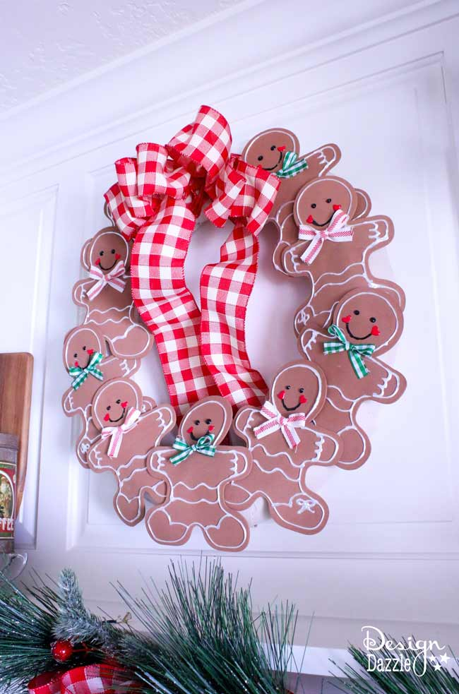 Gingerbread Man Christmas Wreath
