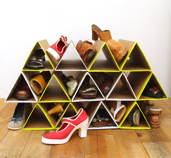 Make a super space saving and sturdy DIY shoe rack from cardboard